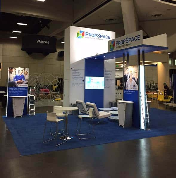 how to work a trade show booth
