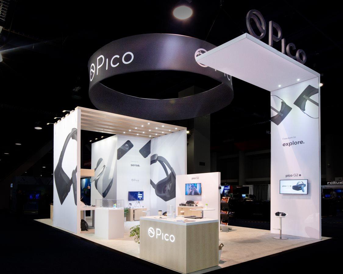 30x40 Custom CES Trade Show Booth design